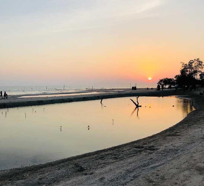 Pantai Perpat wisata banyuwangi