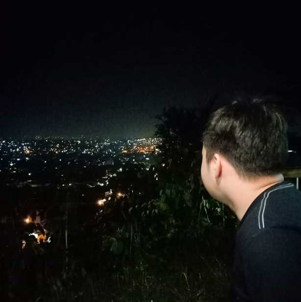wisata cirebon bukit gronggong